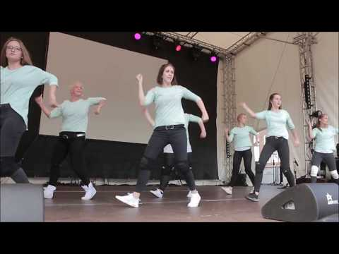 Studio 2 - My Place to Move presents Hip Hop Fortgeschritten beim Lüneburger Stadtfest 2017