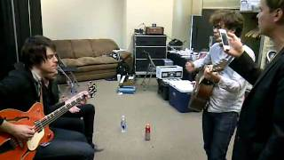 Ransom of King Niko rehearsing backstage with Panic! At The Disco