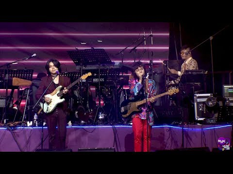 IV OF SPADES - Mundo (MYX Music Awards 2018 Performance)