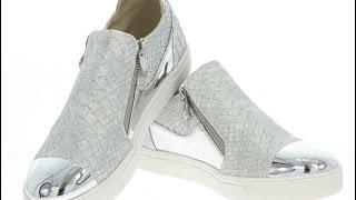 видео обувь сникерсы женские