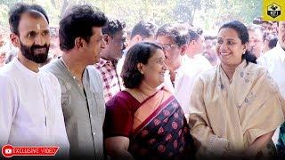 Ashwini Puneeth Rajkumar & Geetha Shivarajkumar Together At Dr Rajkumar Death Anniversary