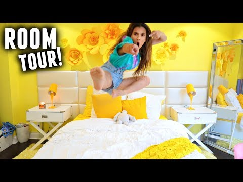 ROOM TOUR 2017! (Happy Bright Yellow Room Makeover with Mr. Kate)✨💛🌼