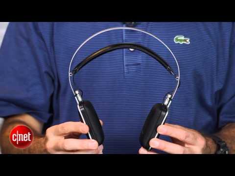 Harman Kardon sweet-sounding Classic headphones - First Look