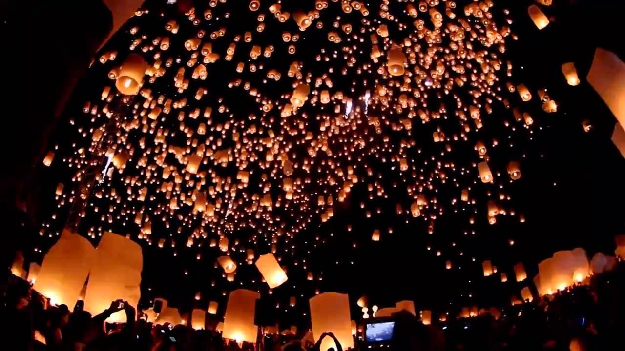 """Image result for مهرجان """" المصابيح """" في تايلاند"""