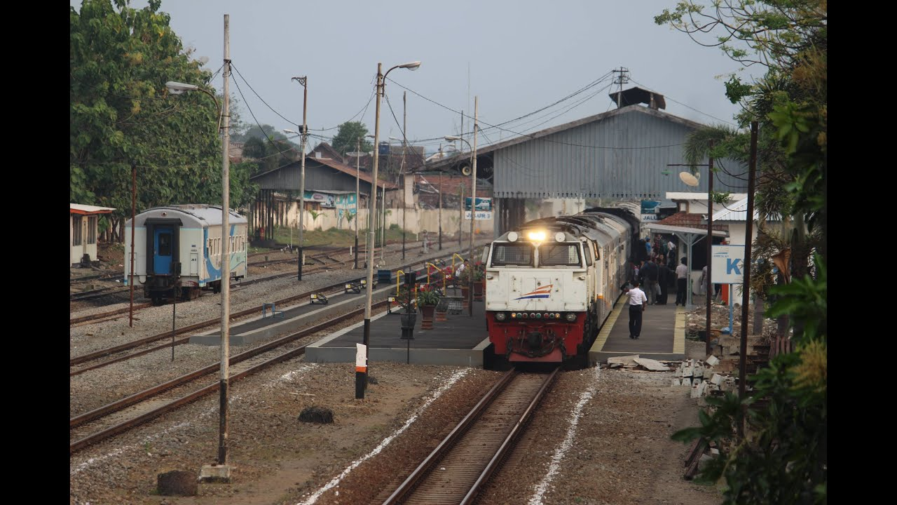 Image result for stasiun kediri