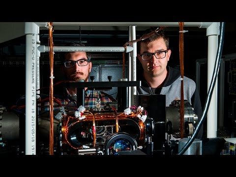 Jedi scientists freeze light in midair to bring quantum computers a step closer to reality