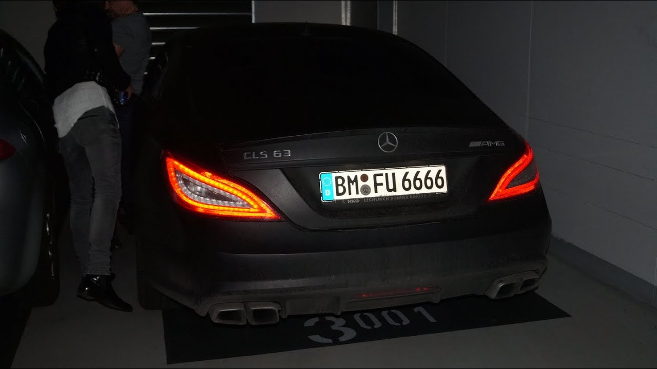 mercedes benz cls 63 amg loud garage sound youtube. Black Bedroom Furniture Sets. Home Design Ideas