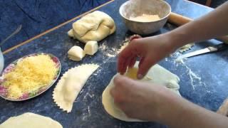 Чебуреки ( заварное тесто )
