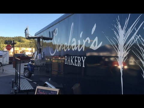 Sinclair's Bakery at the market in Big Sky, Montana USA.  July 20, 2016