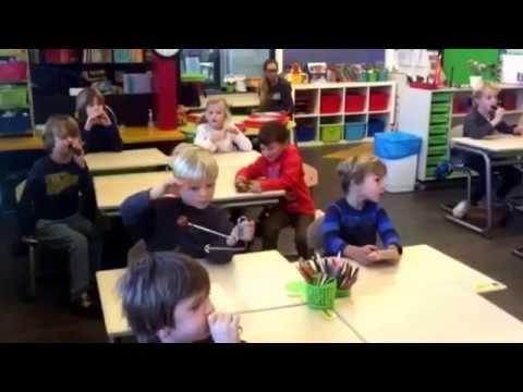 Groep 3 Spaarneschool les van meester Gunnar