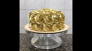 Ensinando a fazer bolo dourado