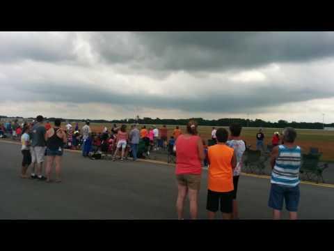 Airshow Buzz