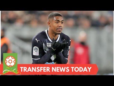 [Sports News] Arsenal news LIVE updates: Sanchez to Man Utd TWIST, Liverpool eyed deal, Aubameyang