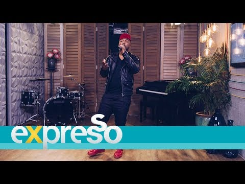 "Nathi Performs ""Qeqe"" Live"