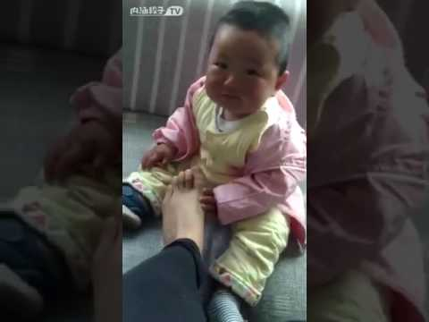 Baby smelling stinky feet - YouTube