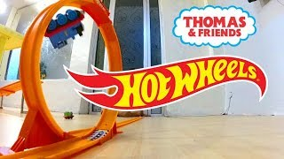 Thomas train stunt and race in the hotwheel loop track -  thomas and friends toy trains