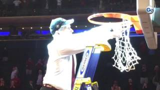South Carolina coach Frank Martin cuts down Madison Square Garden net in victory as his favorite Sin