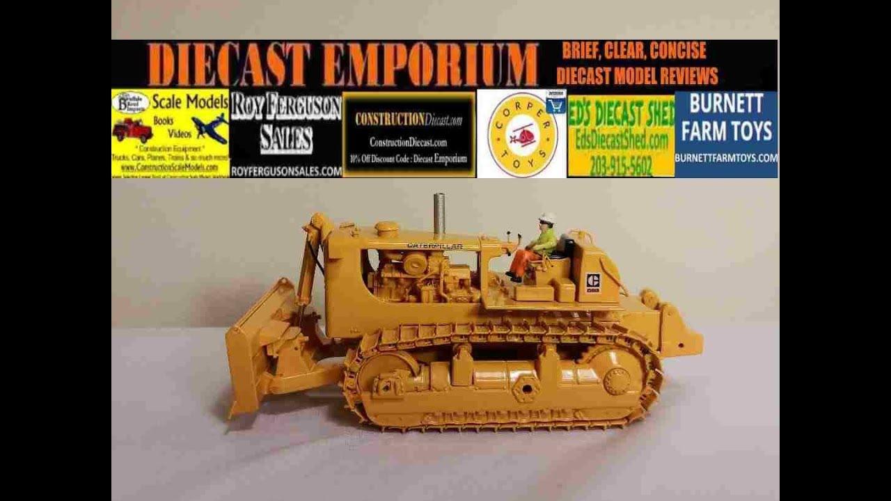 Classic Construction Models (CCM) Caterpillar D9G Push Dozer with 9C  Cushion Blade