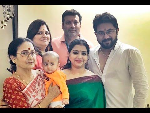 Soham Chakraborty Family   সোহম চক্রবর্তীর পরিবার   Soham Chakraborty with his Family