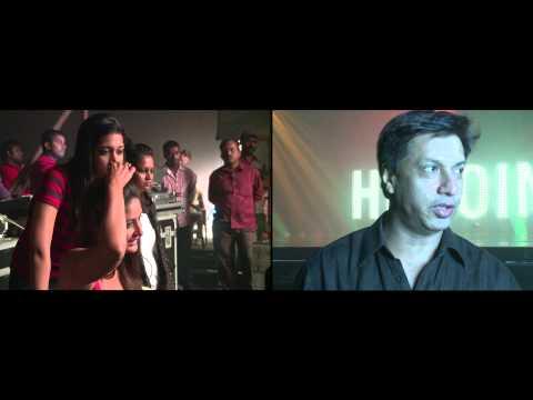 Heroine   Madhur speaks at the shooting of Main Heroine Hoon song   Kareena Kapoor