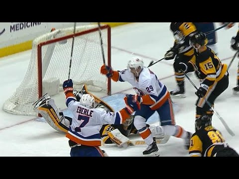Nelson scores as Islanders pull goalie to tie it up against Penguins