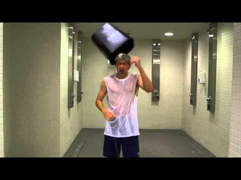 Niall Horan Takes ALS Ice Bucket Challenge After Eddie Vedder Nominates Him