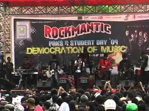 Five Minutes @ SMANELA (Malang) - Ouw !