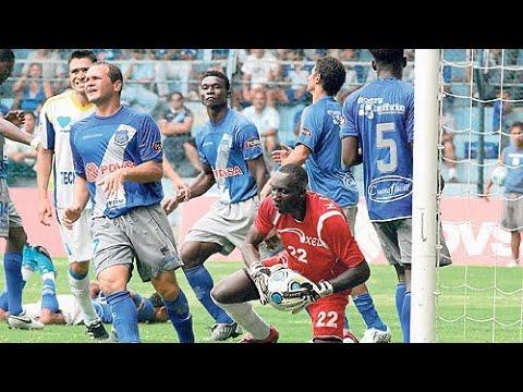 Emelec 1 x 1 Espoli  - (Gol de Zambrano 16 Noviembre 2009)