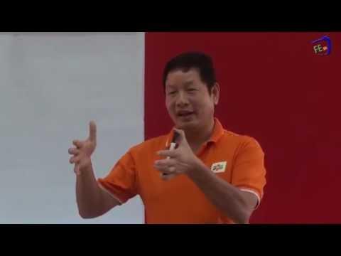 """Chủ tịch Trường Gia Bình """"chém gió"""" tại FPT University"""