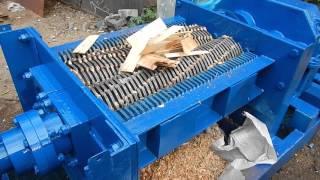 Дробильное оборудование Шредер для шпона дробилка для шпона ДНЕПРТЕХИНВЕСТ ДР2210Ц250(, 2015-10-24T19:00:27.000Z)