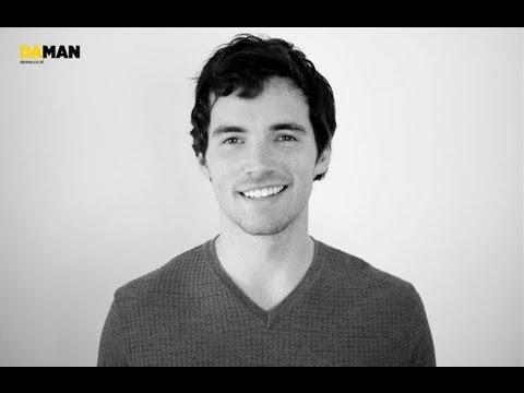 "Ezra's Big Secret on ""Pretty Little Liars"""