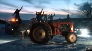 Harlem Shake 2013 Norwegian Tractor Style