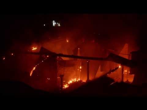 firefighters-tackle-blaze-in-derelict-rochdale-mill