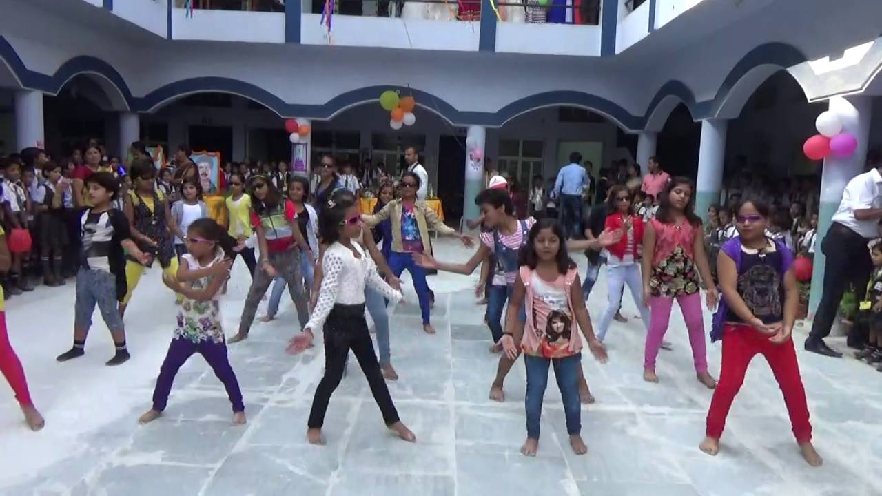 RAMPUS GKP DANCE HAPPY BIRTHDAY Manager P C Srivastava and