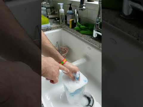 Quick way to wash Dr Brown's bottle parts