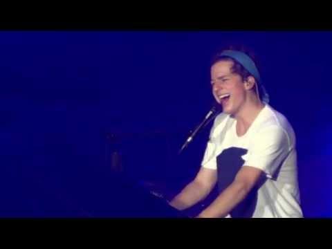 Charlie Puth - Suffer (Nine Track Mind Tour Manila)