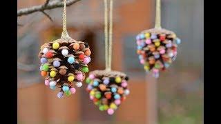 Как сделать новогодние игрушки на ЁЛКУ из шишек