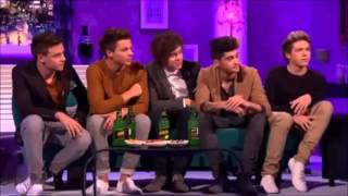 One Direction - Interview with alan carr - مترجمة للعربي part 1