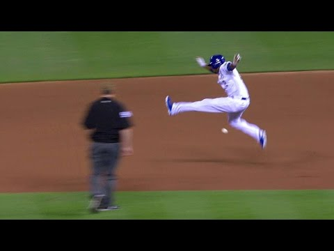 tb@kc:-escobar-safe-after-umpire-review-in-the-8th