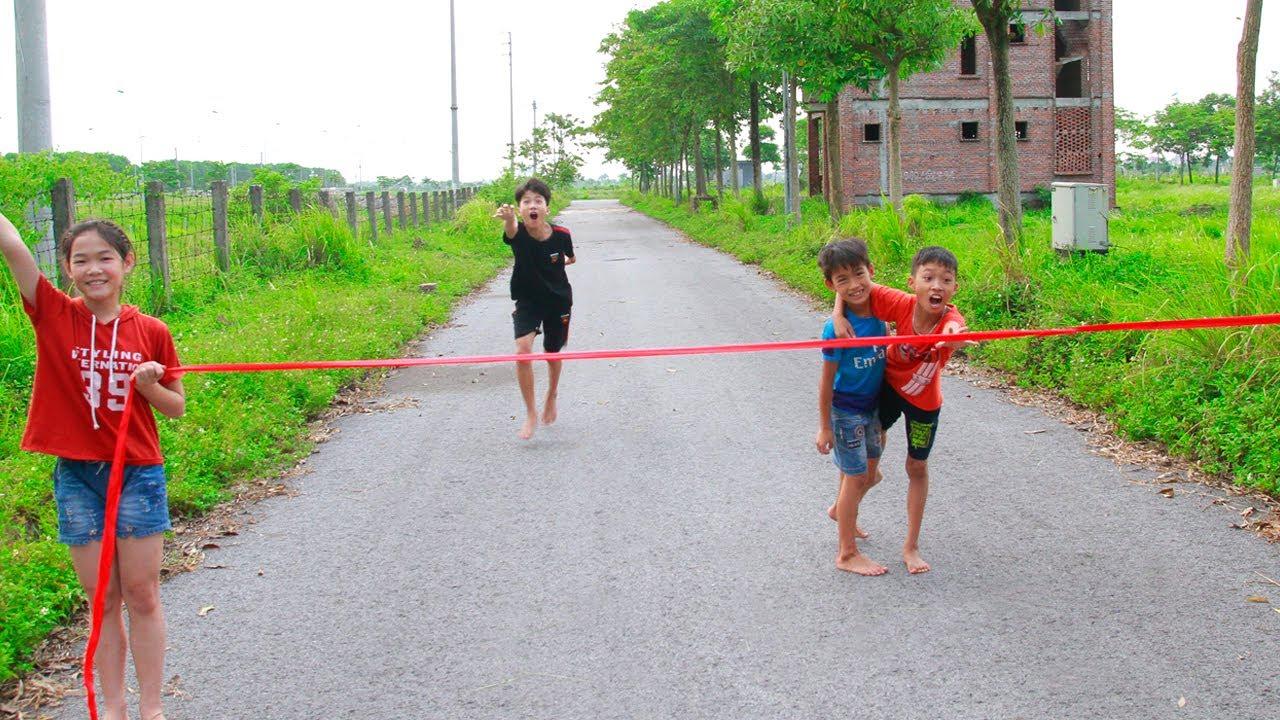 Anak-anak bermain lomba lari estafet kura-kura dan kelinci | Siapa yang tercepat?