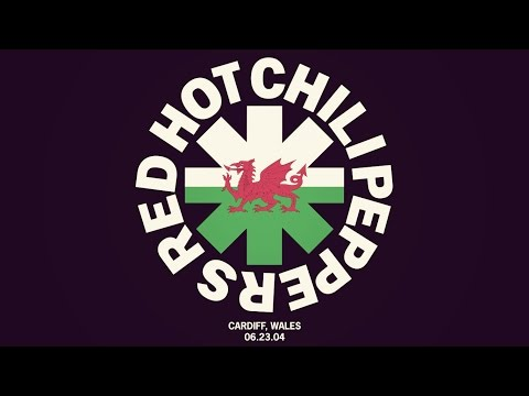 Red Hot Chili Peppers - Cardiff, Wales 2004 [Full Show]
