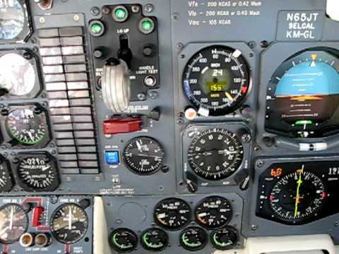 Lockheed Jetstar Landing at Washington Dulles