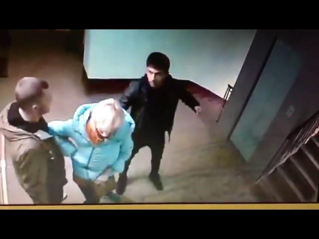 Обнажение жены перед другими видео фото 450-410