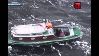 Один в лодке, не считая собаки, посреди Белого моря