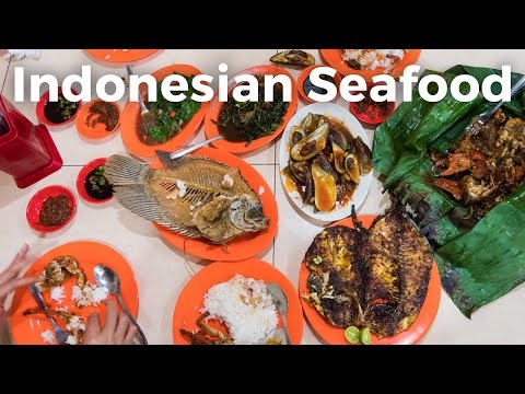 Indonesian Seafood - Feast at Wiro Sableng Seafood 212 Restaurant in Jakarta!