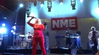 Blondie A Rose By Any Name clip and Atomic NME awards 2014