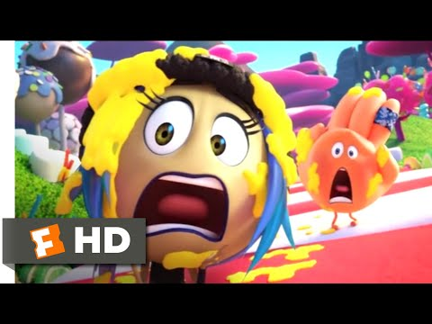 The Emoji Movie (2017) - Candy Crush Scene (5/10) | Movieclips