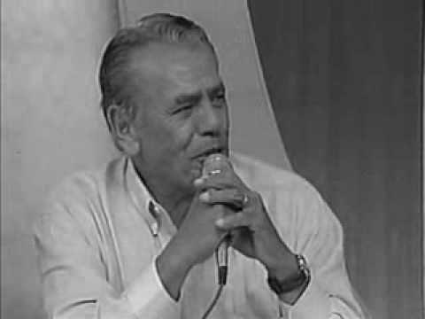 """Claudia Gomes """"Canta Brasil"""" no Programa Raul Gil"""