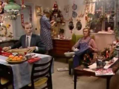 The Julekalender Dansk Kaffekanden Er Sprunget I Luften