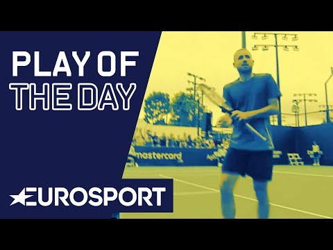 Evans Pats Tummy After Epic Win | Australian Open 2020 | Play of the Day | Eurosport